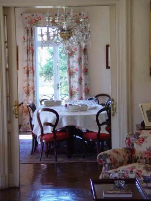 Casa Corrales: dining room