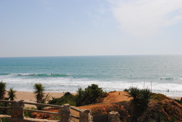 Casa Vejer: surfing at Roche beach