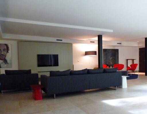 Casa Valdecañas: Sala estar con TV planta inferior / Sitting area with TV lower floor