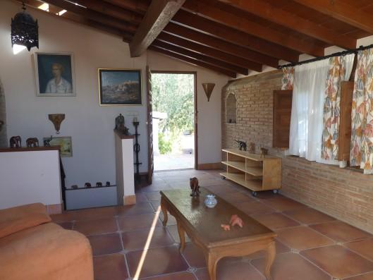 Casa Albaicin: guest house living room