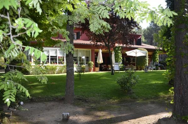 Casa Ciudad Ducal: luxury holiday villa near Madrid