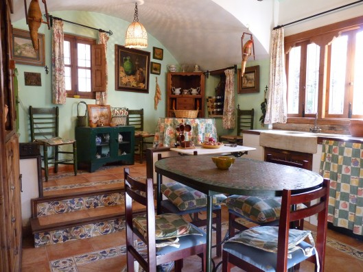 Casa Albaicin: kitchen