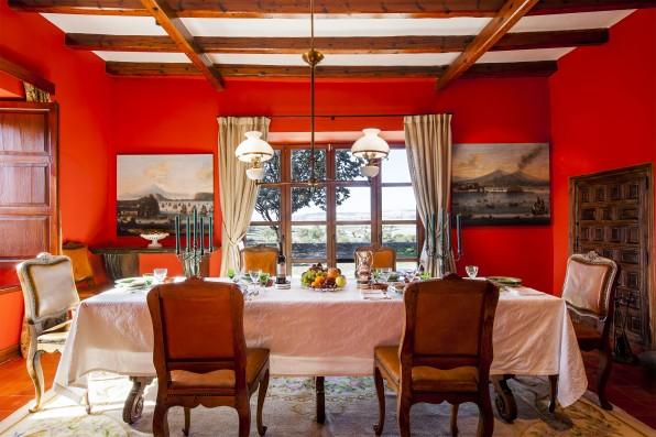 Casa Baltanás: dining room