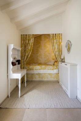 Casa Baltanás: guest house bedroom 2