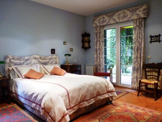Casa Ciudad Ducal: master bedroom