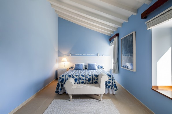 Casa Baltanás: guest house bedroom 1