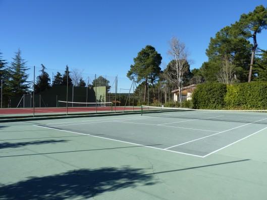 Casa Ciiudad Ducal: pistas de tenis