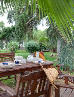 Casa Real de la Jara: desayuno en el jardín