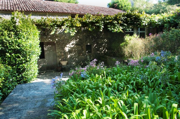 Casa PedraLobo: jardín