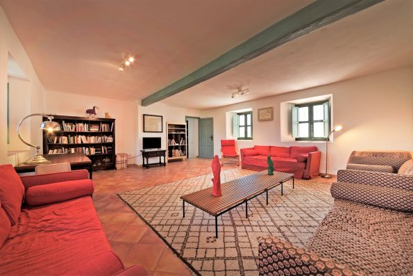 Casa Ronda: family room, lower floor