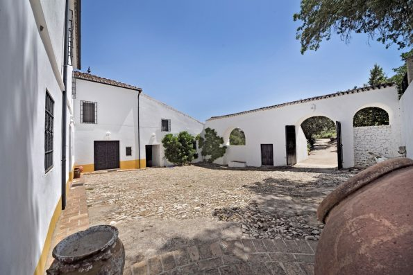 Casa Ronda: main patio