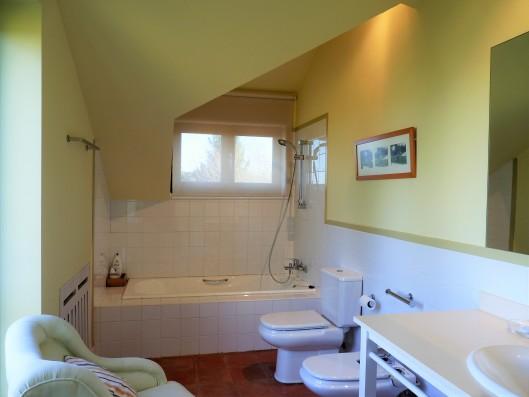 Casa Ruiseñada: bathroom of bedroom 4
