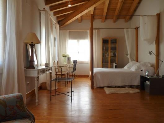 Casa Zaragate: dormitorio principal con baño
