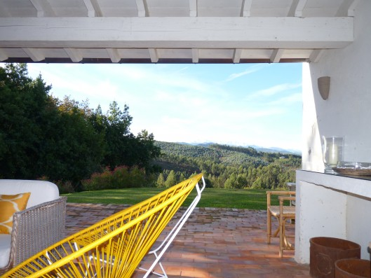 Casa Ruiseñada: view covered terrace