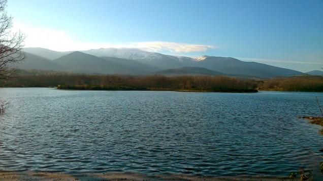Casa Ortigosa: Lake Pontón