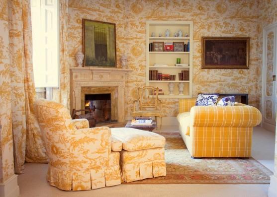 suite amarilla salón