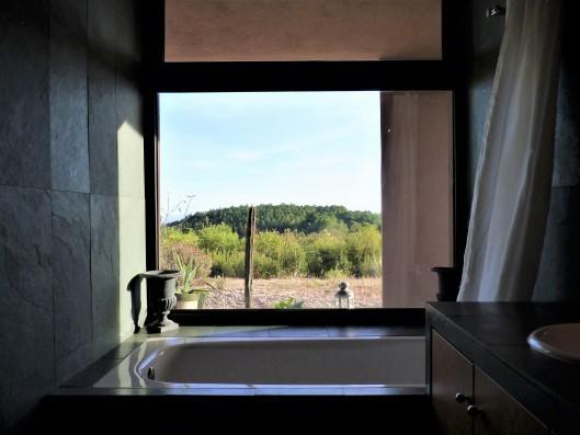 Casa La Vera Gredos: Master bathroom