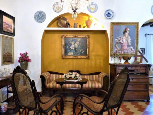 Casa Coria del Rio: living room 1