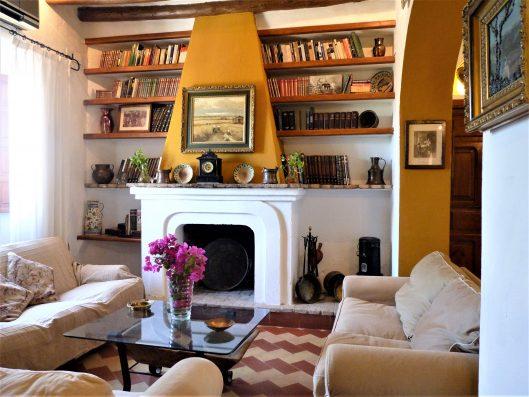 Casa Coria del Rio: living room 2 with fireplace