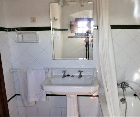 Casa Coria del Rio: bathroom bedroom 4