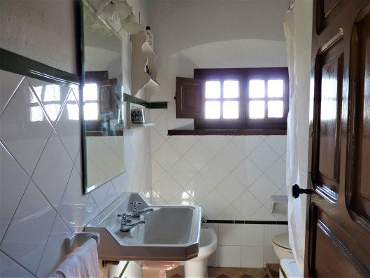 Casa Coria del Rio: bathroom bedrooms 5 and 6