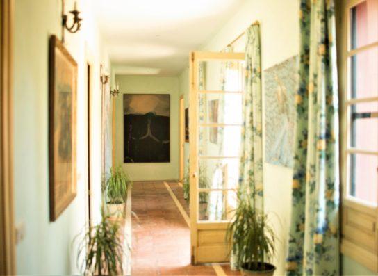 Casa Jimena: Hallway
