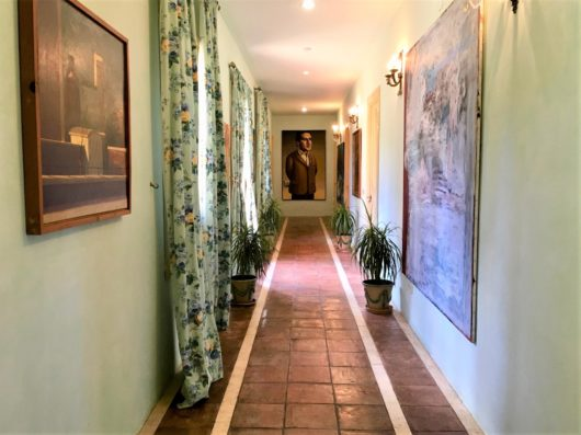 Casa Jimena: pasillo