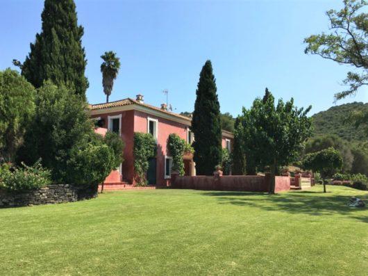 Casa Jimena: luxury holiday villa for events near Sotogrande.