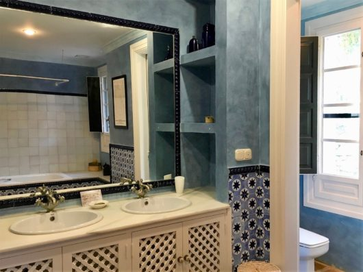 Casa Jimena: Master bathroom