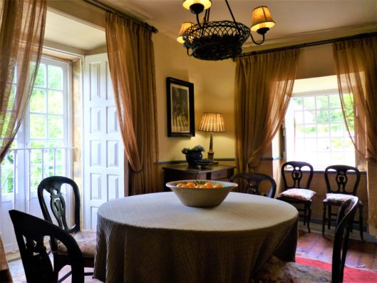 Pazo de Fontao: breakfast room