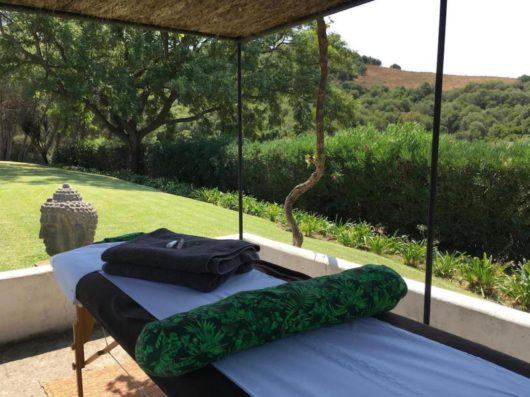 Casa Jimena: mesa de masajes