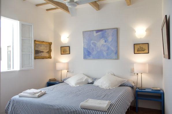 Casa Ciudadela: master bedroom