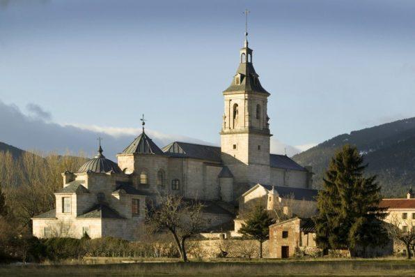 Casa Lozoya: El Paular monastery