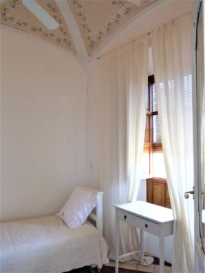 Casa Hinojales: bedroom 2, ground floor