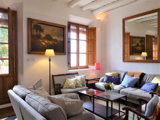 Casa Hinojales: living room