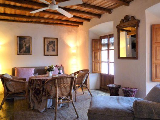 Casa Hinojales: living room first floor