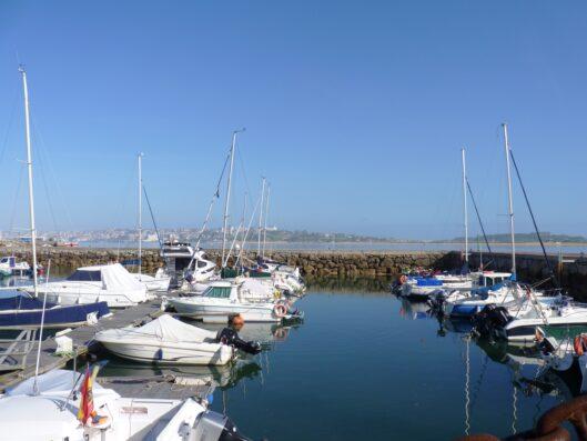 Casa Setien: Somo yacht harbour
