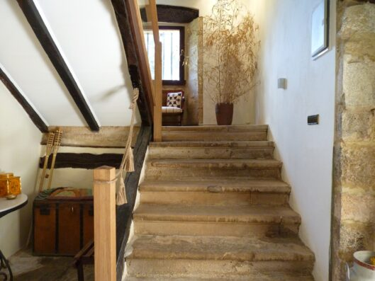 Casa Setien: staircase to first floor