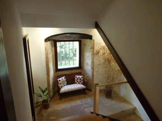 Casa Setien: escalera a primera planta
